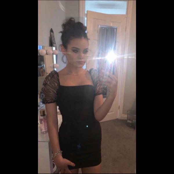 ella27 Profile Picture
