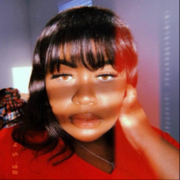 nellynellss Profile Picture