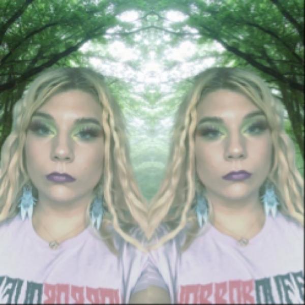 devanalethia Profile Picture